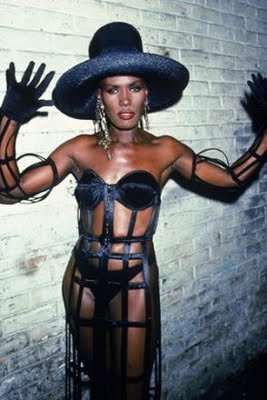 Grace_jones_main_33535t