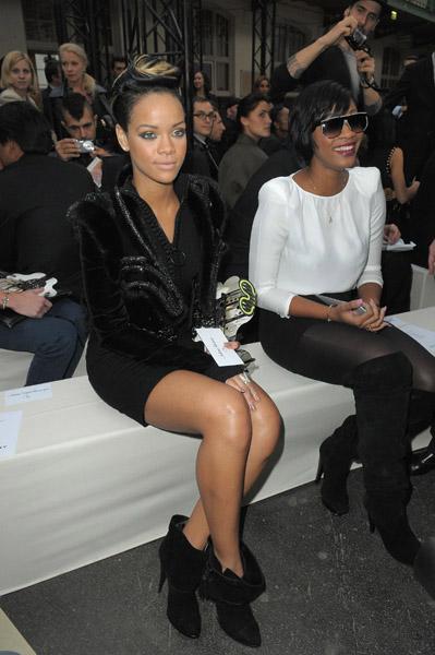 Rihanna-Givenchy